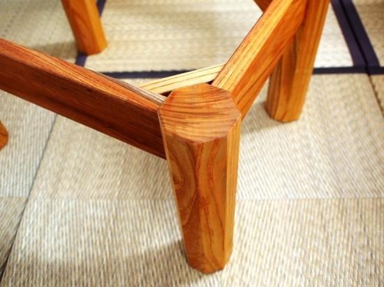 胡桃輪切りのティーテーブル4