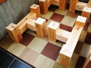 杉一枚板厚盤座卓3台、完成(座卓専用脚)4