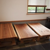 秋田県西村様の杉一枚板座卓3台、完成です!