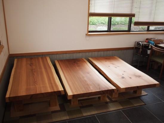 杉一枚板厚盤座卓3台、完成(座卓専用脚)2