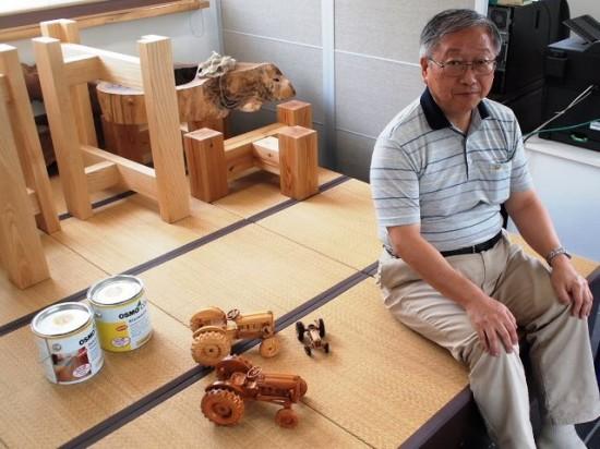 欅造り木のプラモデルトラクターFORD871 1/12モデル-1