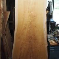 富山県・大津賀様の欅幅広一枚板厚盤テーブルの製作に入ります