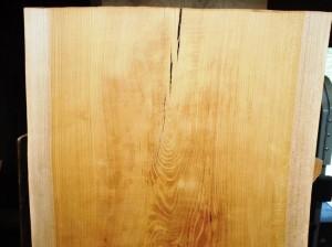 欅一枚板・小口割れ