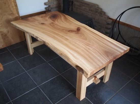 楠一枚板ダイニングテーブル15