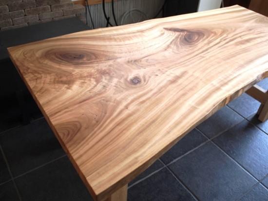 楠一枚板ダイニングテーブル18
