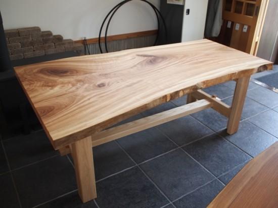 楠一枚板ダイニングテーブル16