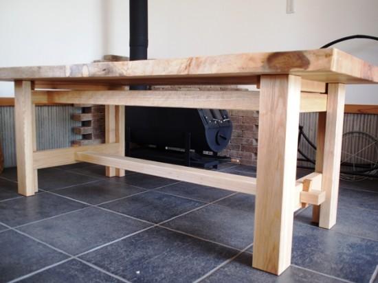 楠一枚板ダイニングテーブル17