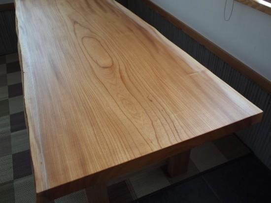 けやき一枚板テーブル天板完成20130807-2