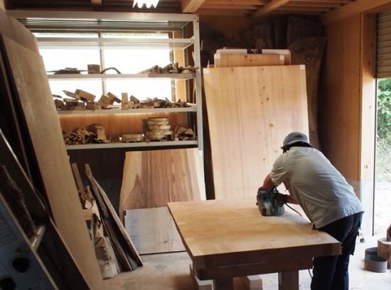 テーブル・座卓向け杉一枚板大量入荷!20130904-3