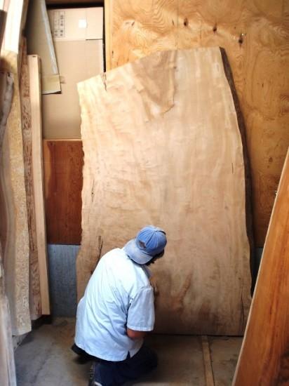 栃超巨木一枚板座卓の製作1