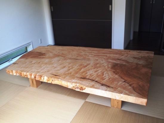 栃超広幅一枚板座卓完成!納品20130919-2