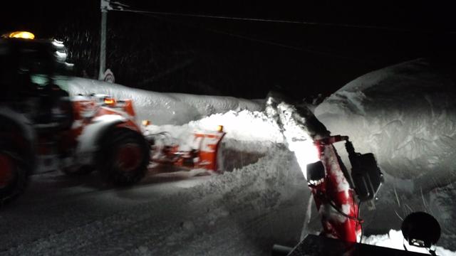 除雪の風景20120130