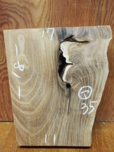 お客様のDIY作品「槐(エンジュ)一枚板の置き時計」~神奈川県・宮内様~3