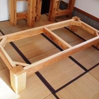 杉一枚板座卓の脚