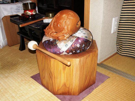 お客様の作品「栗丸太切株の木魚台」20161202-2