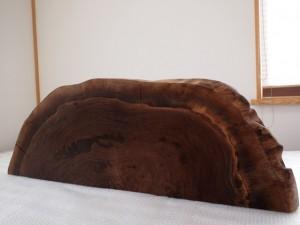 ブラックウォルナット巨木半輪切り1