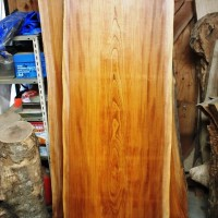 鹿児島県井上様の欅一枚板ダイニングテーブル、オーダー製作を開始しました