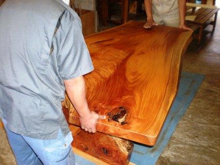 欅一枚板ダイニングテーブル組立7