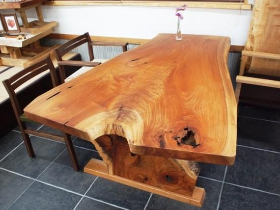 欅一枚板ダイニングテーブル完成1