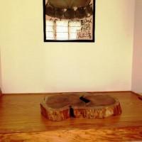納品事例 胡桃(クルミ)一枚板輪切りの置き台