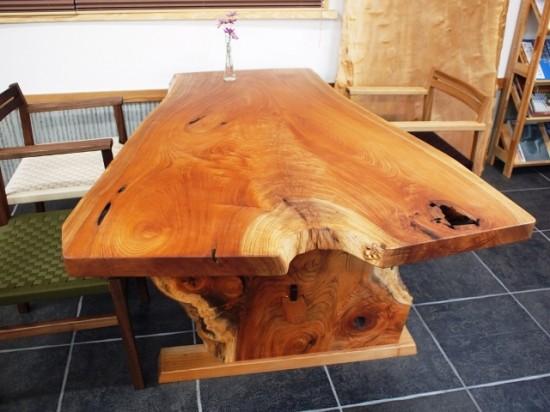 欅一枚板ダイニングテーブル完成2