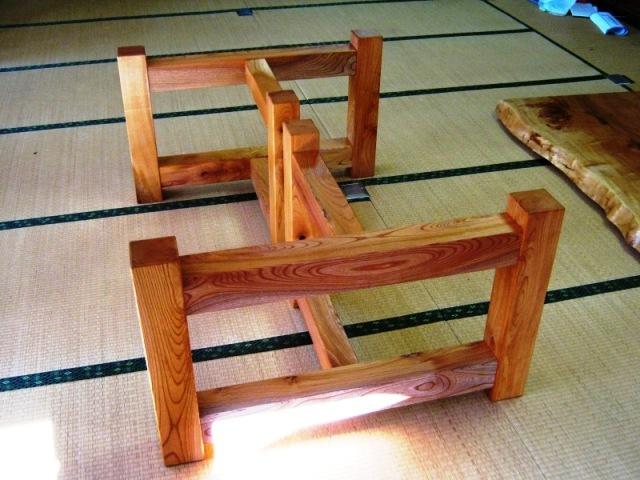 栃超広幅一枚板テーブル脚