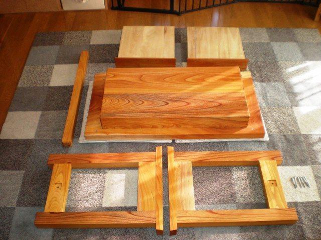 欅一枚板のオーダーデスク(組立式)3
