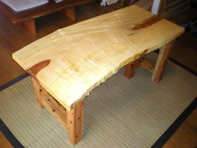 栃一枚板のダイニングテーブル(座卓兼用脚)1