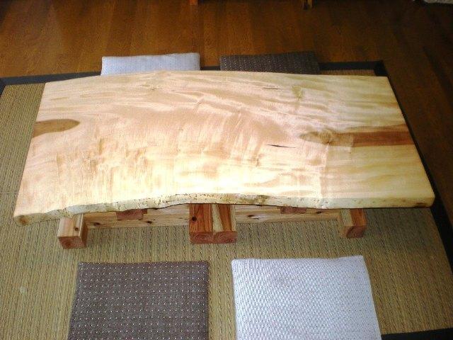 栃一枚板のダイニングテーブル(座卓兼用脚)2