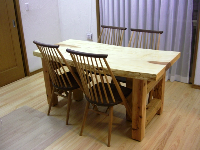 栃一枚板のダイニングテーブル(座卓兼用脚)5