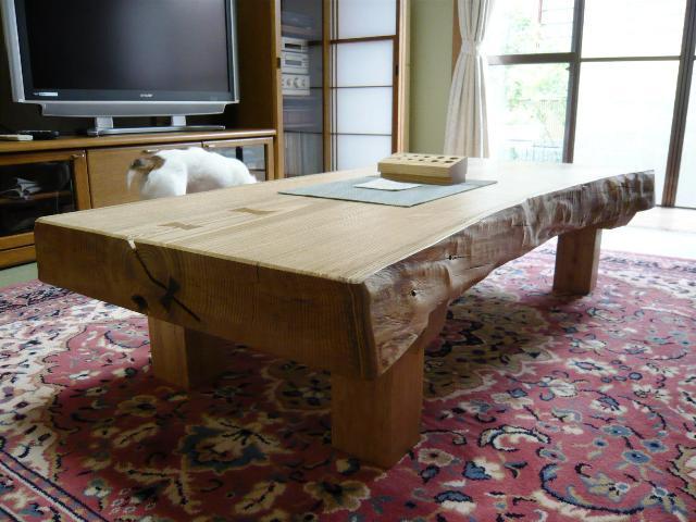 栗一枚板厚盤の座卓2