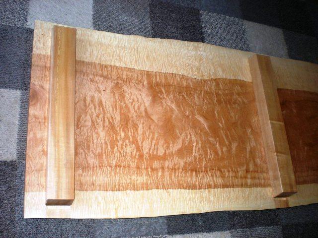 栃極上杢一枚板の踏み台6
