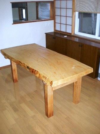 栃縮杢一枚板ダイニングテーブル2