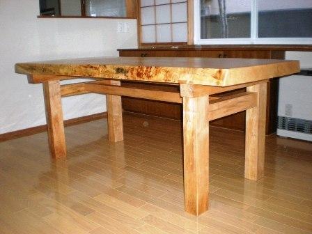 栃縮杢一枚板ダイニングテーブル3
