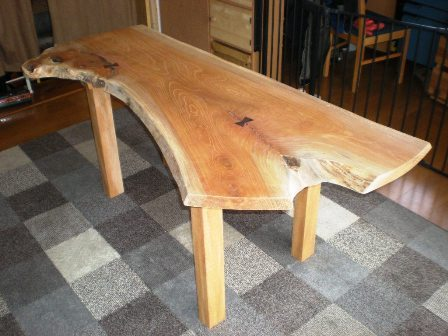 欅一枚板のダイニングテーブル(ブックマッチ風)1