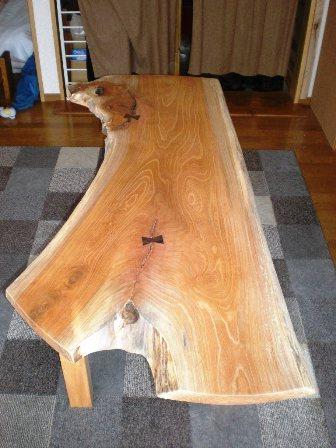 欅一枚板のダイニングテーブル(ブックマッチ風)2