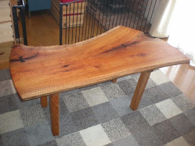 ケヤキのダイニングテーブル2