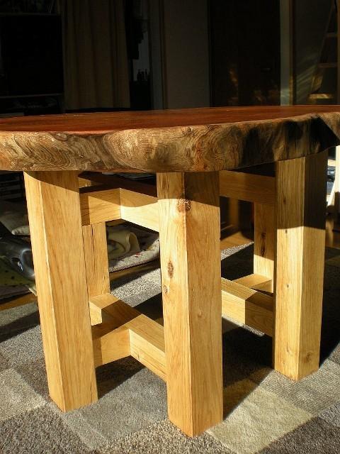 欅一枚板輪切りのテーブル3