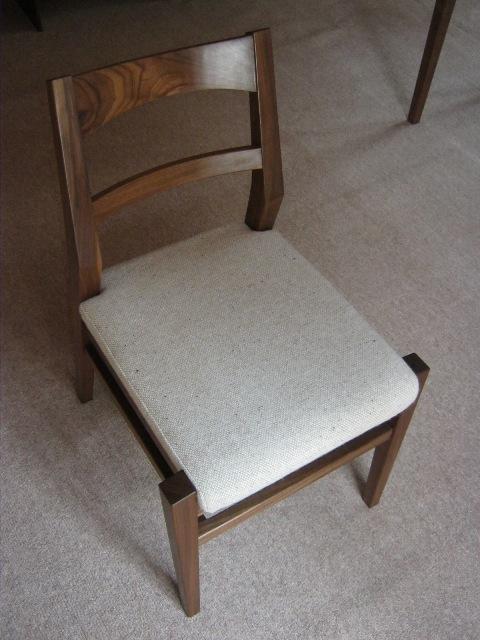 ブラックウォルナットの勉強机と椅子f