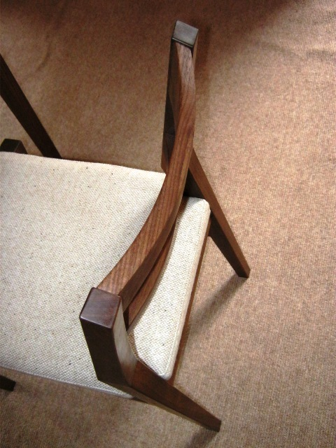 ブラックウォルナットの勉強机と椅子h