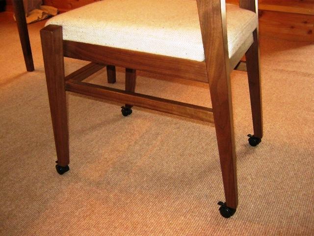 ブラックウォルナットの勉強机と椅子i