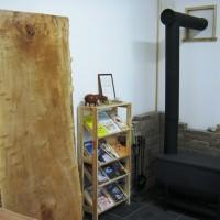 静岡県・鈴木様の栃極上杢一枚板テーブルの製作を開始しました