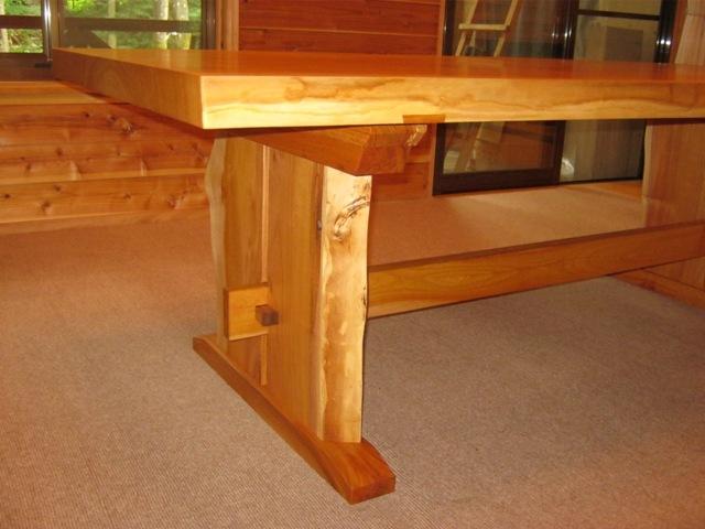 欅一枚板ダイニングテーブル(くさび留め耳付き板脚)5