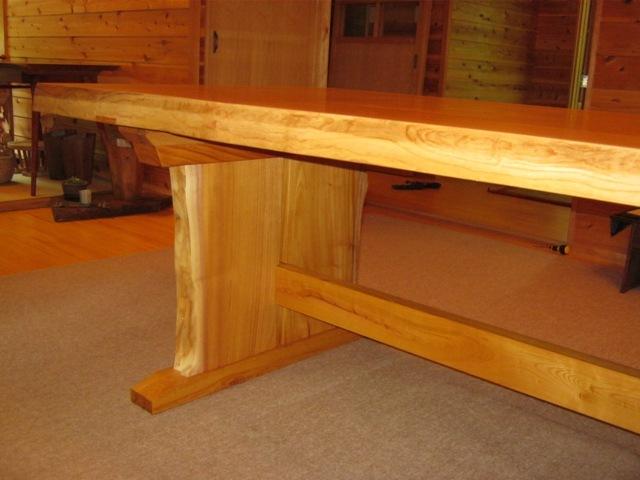 欅一枚板ダイニングテーブル(くさび留め耳付き板脚)6