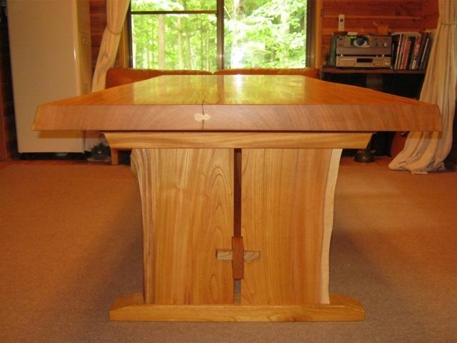 欅一枚板ダイニングテーブル(くさび留め耳付き板脚)7