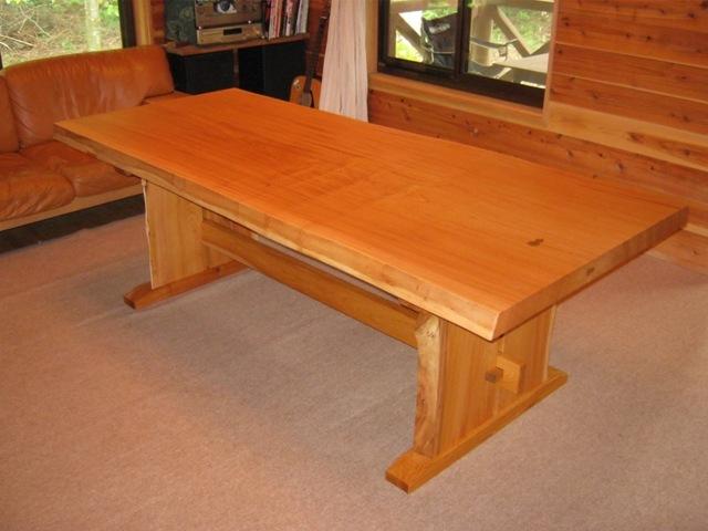 欅一枚板ダイニングテーブル(くさび留め耳付き板脚)10