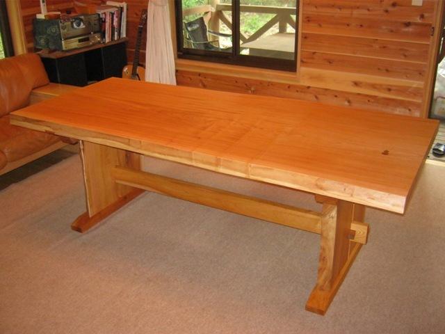 欅一枚板ダイニングテーブル(くさび留め耳付き板脚)11