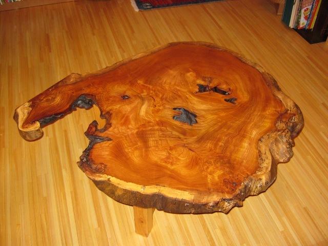 欅老木輪切りコーヒーテーブル1
