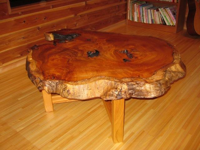 欅老木輪切りコーヒーテーブル2