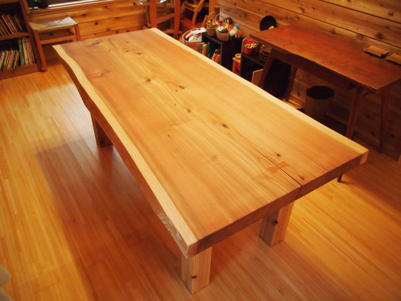 片桐様の杉一枚板ダイニングテーブル2